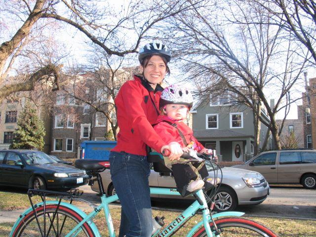 green mama biking front seat
